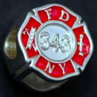 FDNY 343 Maltese Cross Charm 01396 frnt