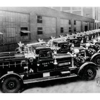 6037L - 1000 GALLON-PER-MINUTE PISTON PUMPERS